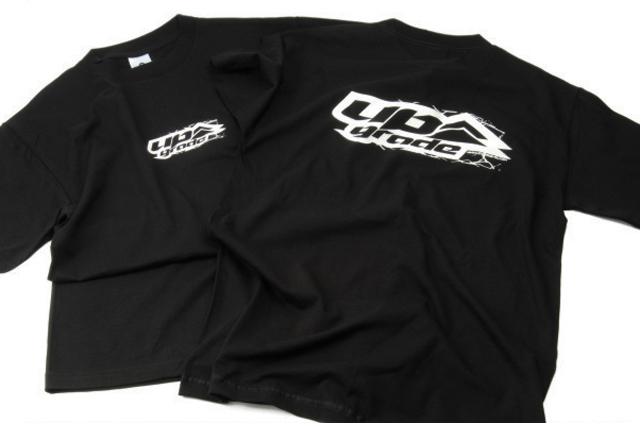 UPG2010L UPGRADE LOGO Tシャツ ブラック(L)