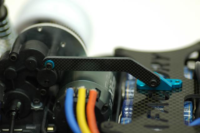 トランスミッションブレース装着例
