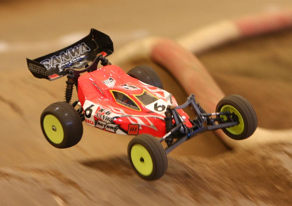 安宍選手のX-6Sq走行写真